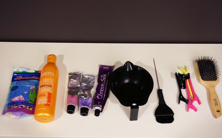lavender hair dye and supplies