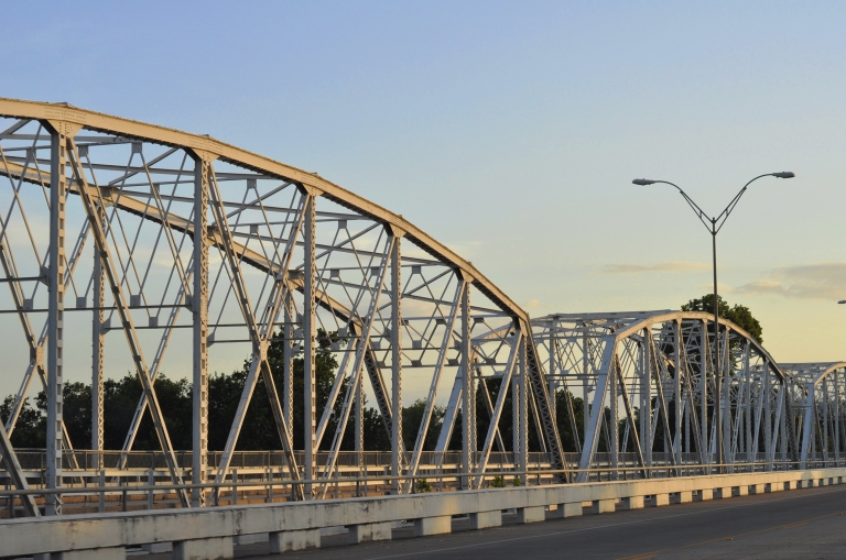 Bastrop bridge