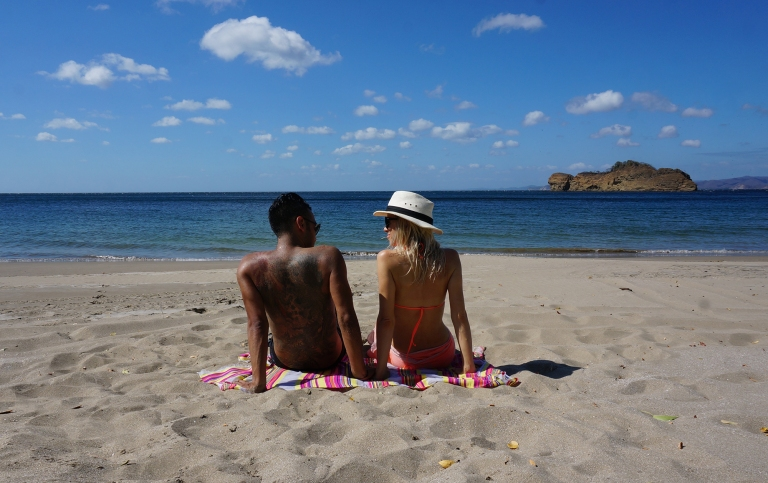 couple on the beach in Costa Rica